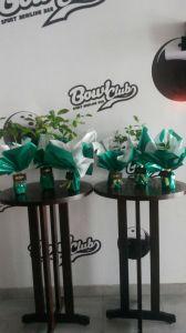 Essas são as mudas de Araçá, Café, Sibipiruna e Ipê Roxo, parceria firmada com o Instituto Brasil Ambiental – IBRA, aqui de Itajaí e o Bowl Club, que estarão sendo doadas para os 30 primeiros clientes que vierem na casa hoje!