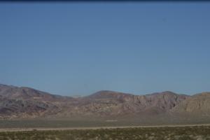 Durante a viagem entre LA e LV, no deserto.