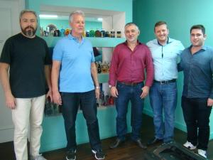 Na foto, visita da equipe Auditar a um dos escritórios da empresa na cidade de Curitiba, que é cliente desde 2013.