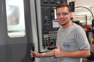 Foto: Fábio Henrique Fontes, 32 anos, Operador Fresador CNC da MGN Indústria Metalúrgica Ltda. de Itajaí/SC, é doador de sangue há sete anos.